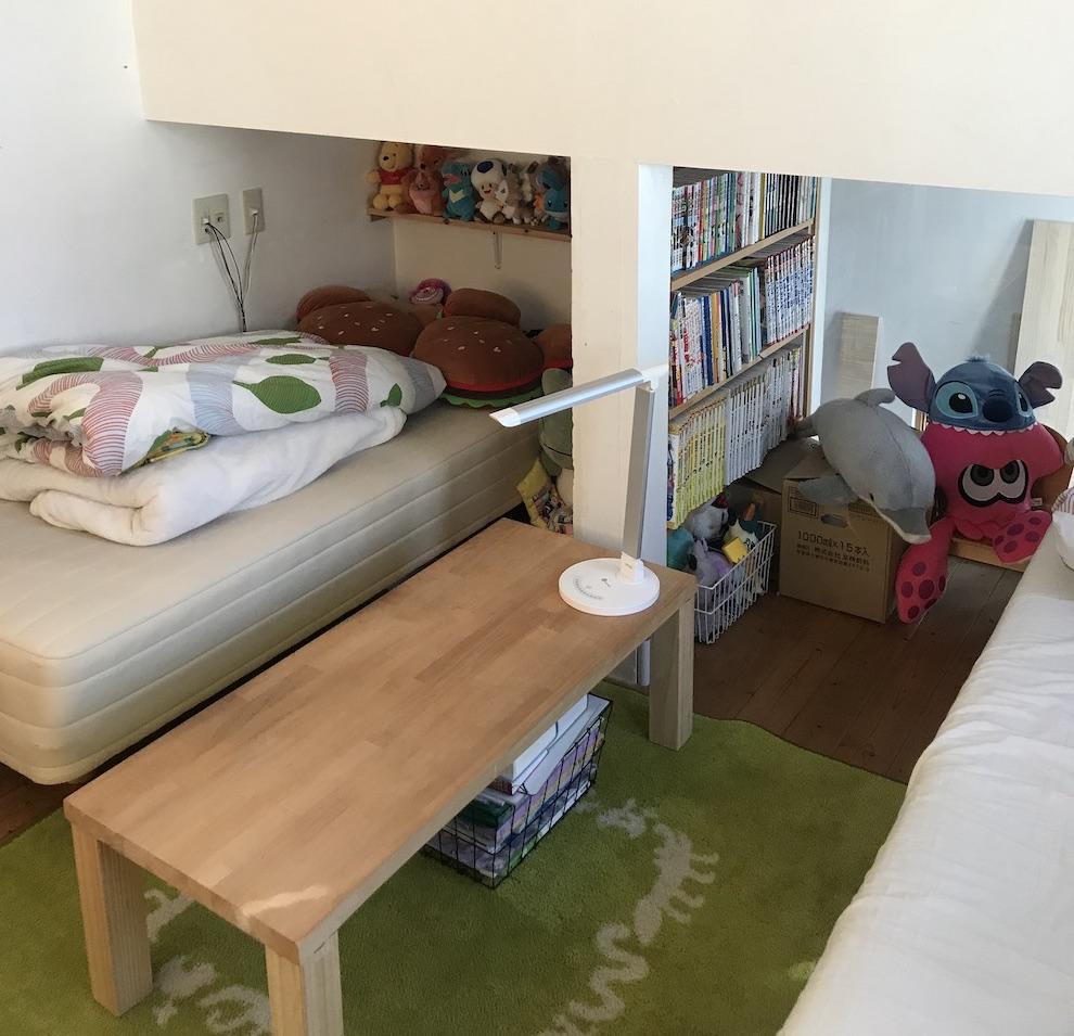 源ベッドを2つ置いた部屋