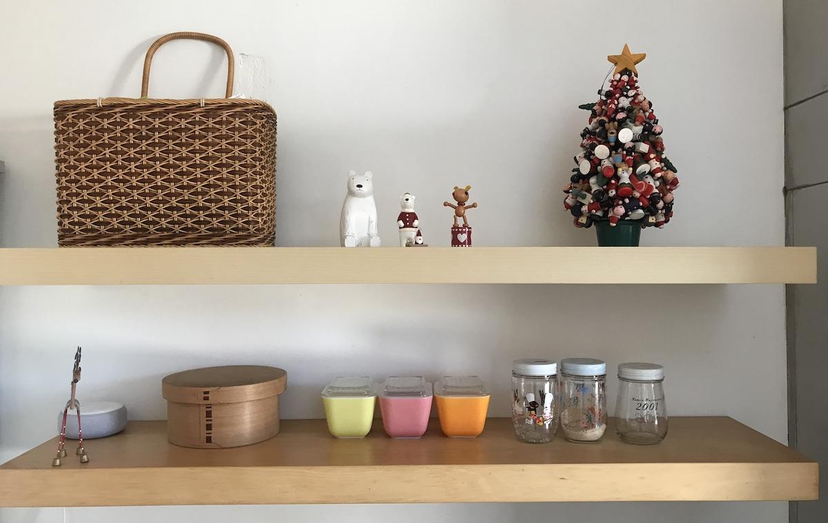 クリスマスの棚